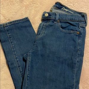 Gap Relaxed (Mom/ Boyfriend) Jeans